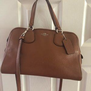 medium size Coach bag